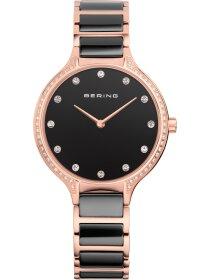 Armbanduhr mit Kristallen